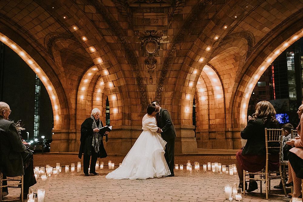Romantic winter Pittsburgh weddings