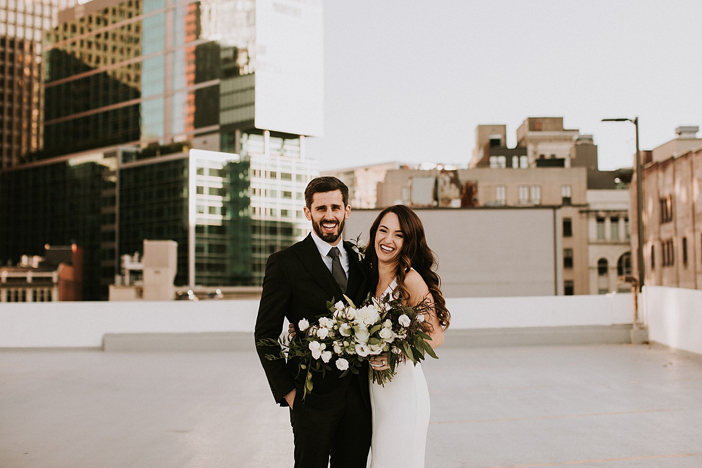 Pittsburgh skyline wedding pictures