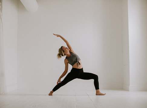 jess v, yoga