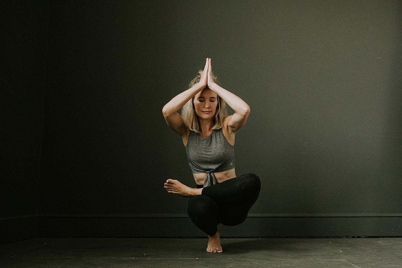 Pittsburgh yoga portrait photographer