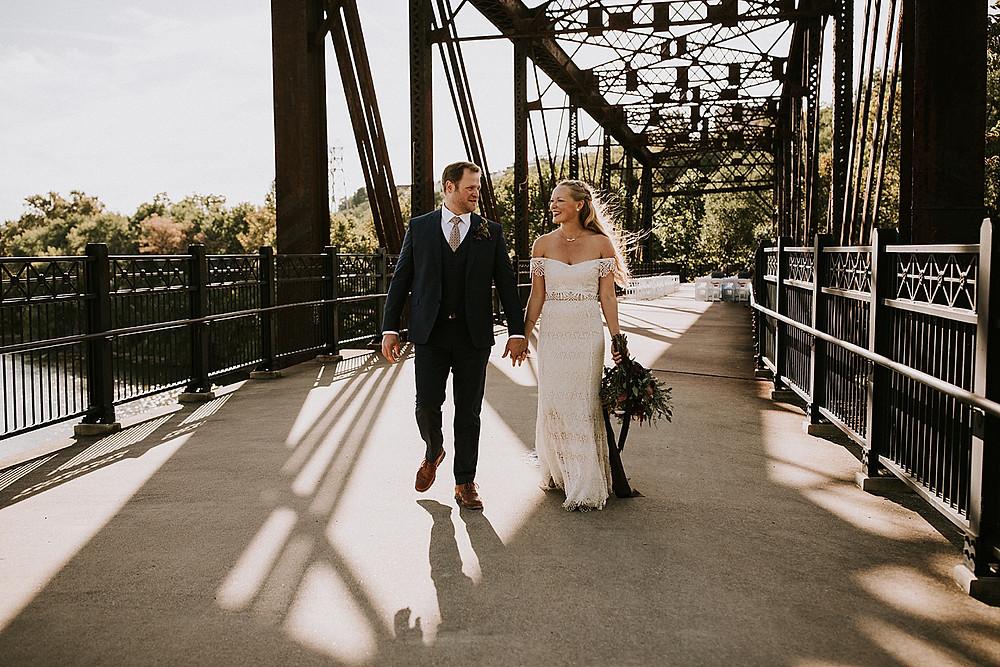 Pittsburgh bridge wedding