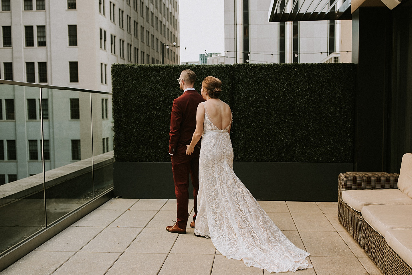 First look at wedding in Pittsburgh