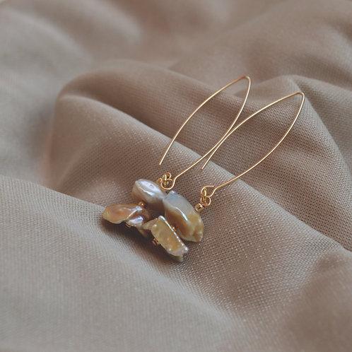 2 pearls Classic Earrings