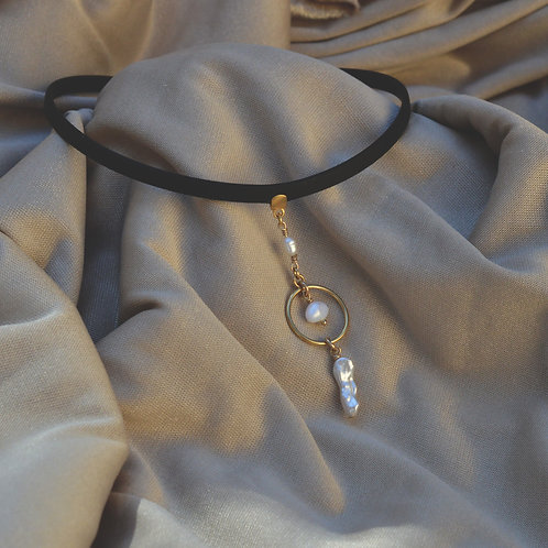 Matt Fancy Choker