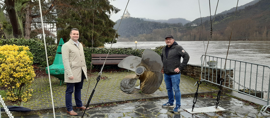 Welling zu Besuch in Spay am Rhein