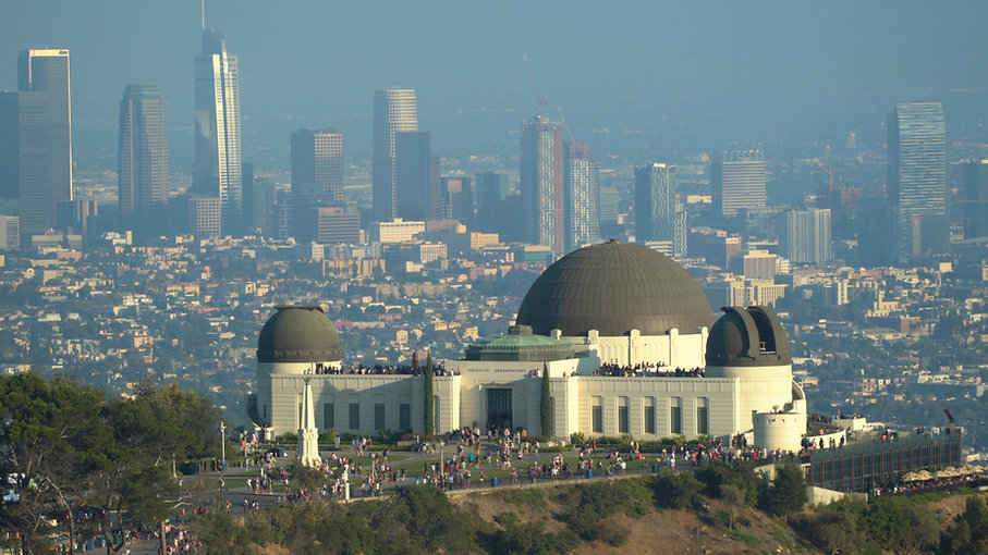 griffith-observatory-building-and-downto