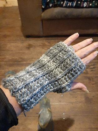 Unisex Handmade Grey Fingerless Gloves