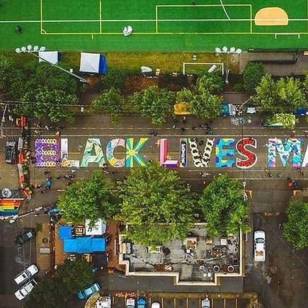 BlackLivesMatterSeattleMuralPic_1.jpg