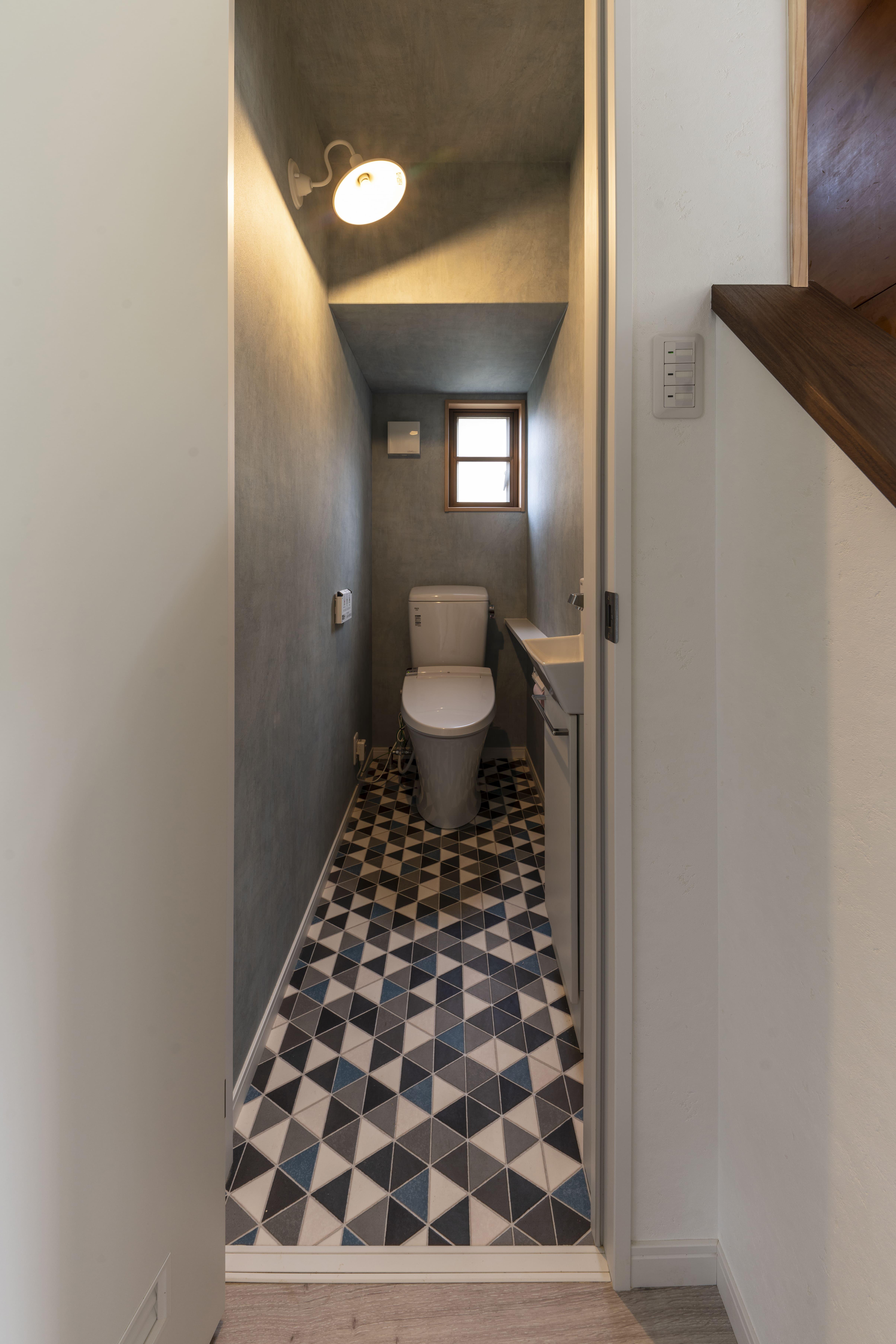 N邸トイレ