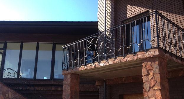 Кованая ограда. Балкон. Ковка в Санкт-Петербурге