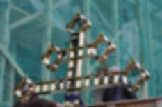 Установка креста из нержавеющей стали