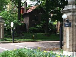 Hillcrest Streets, Entrances and Gates