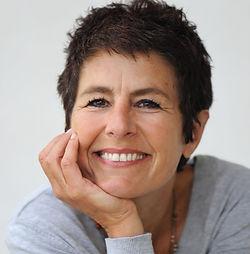 Evelyne Roussillon Sexologue sophrologue Gap.jpg