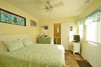 coral-bedroom-2.jpg