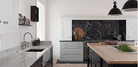 Shaker Classic Kitchen cabinets