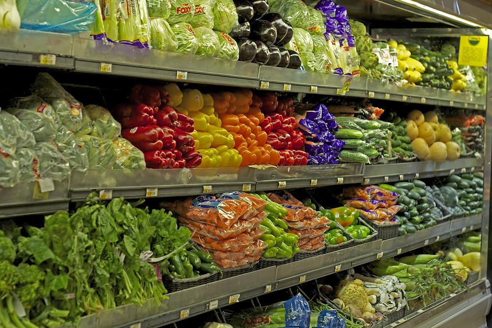 Fresh fruits and vegetables at the grocery store