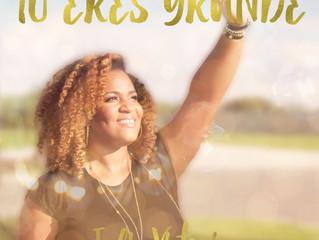 """Julie Victoria debuta su primer sencillo """"Tu Eres Grande"""""""