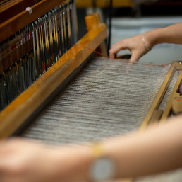 bristol_weaving_naomi_wood_hand_loom