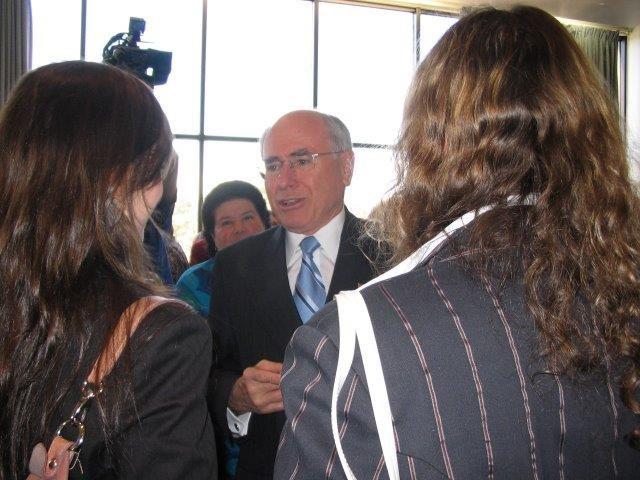 Symposium 2006 3.jpg