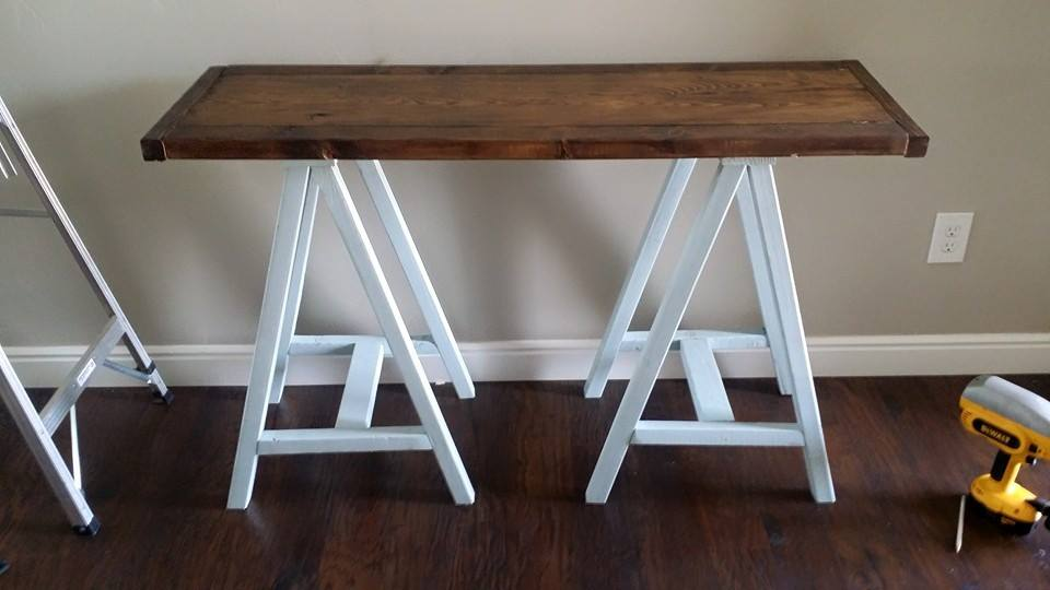 saw horse entry table
