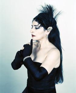 Astrid Hadad _ Singer + Performer