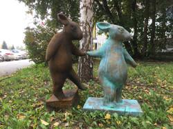 Скульптура Заяц