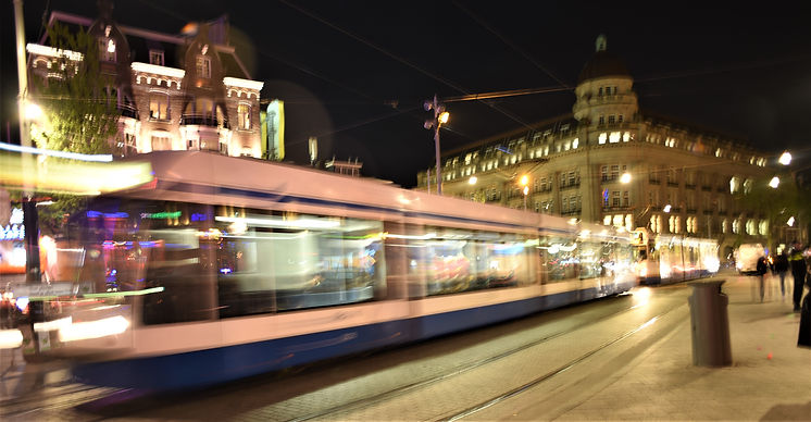 Dam with tram.jpg