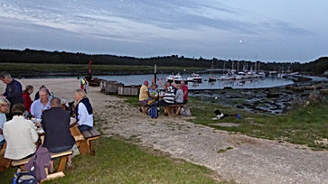 Barbecue at Beaulieu.JPG