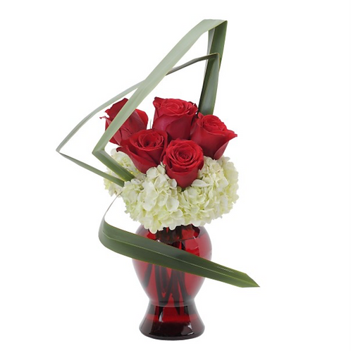Abstract Love Table Arrangement