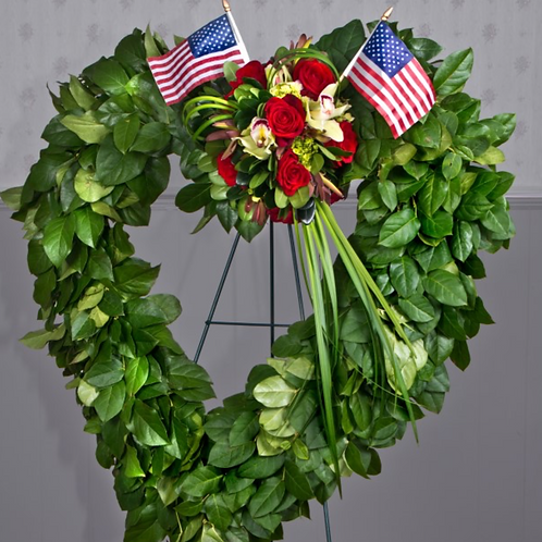 Corona de corazón de amor y honor