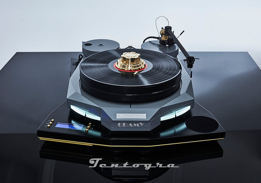 tentogra-gramy-futuristic-polish-turntab