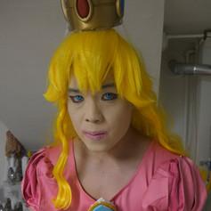 princeess peach 2.jpg