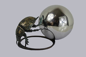 BRONZE  Easy Roll Dung Beetle.