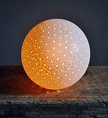 Pinhole-Pollen Table Lamp