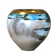 Beautiful porcelain pot with gold lustre