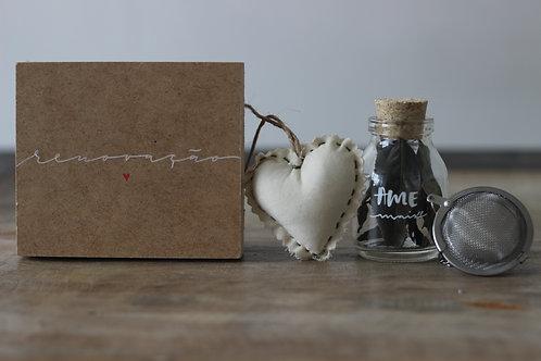 Caixa de chá com infusor inox + coração