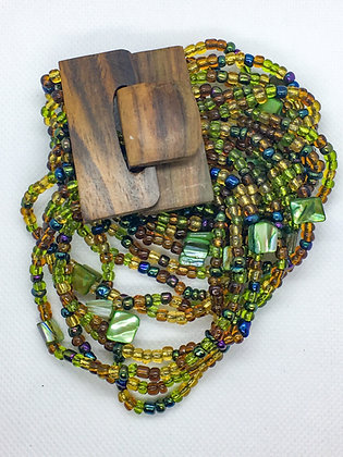 16 strand green wooden clasp Bracelet