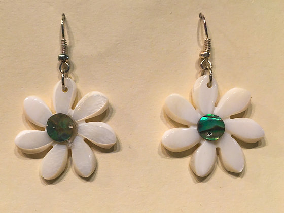 White Daisy Shell Earring