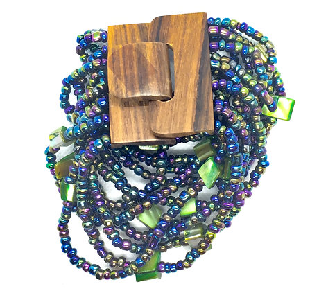 16 strand blue and green wooden clasp Bracelet