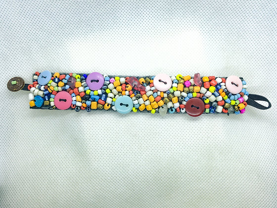 Rainbow Button beaded bracelet