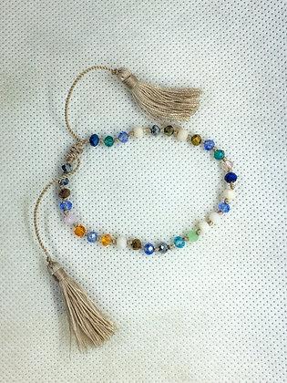Adjustable tassel bracelet sandy gold