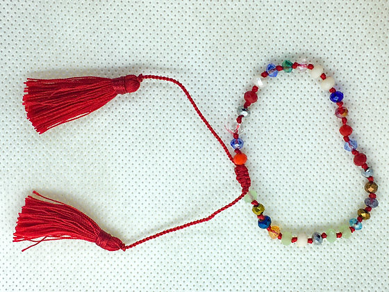 Adjustable tassel bracelet Red