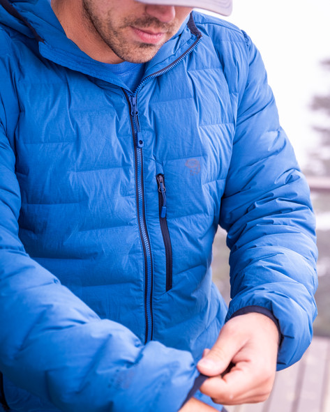 Hiking and climbing just got warmer and more comfortable in this Mountain hardware down jacket