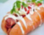 Hot-dog cuisiné en food truck pour entreprise