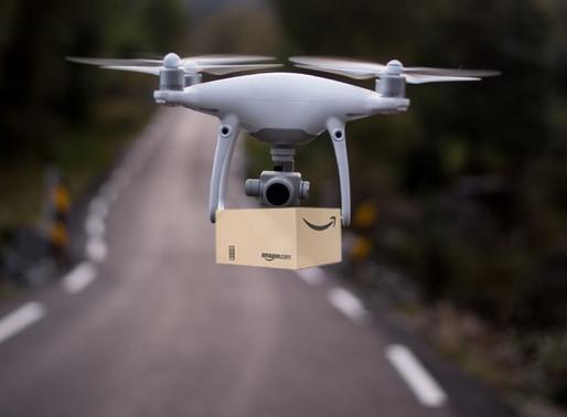 Autorizan a Amazon para entregar paquetes con drones; UPS y Google también pueden
