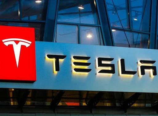 Acciones de Tesla alcanzan niveles máximos históricos; cierran en dos mil dólares