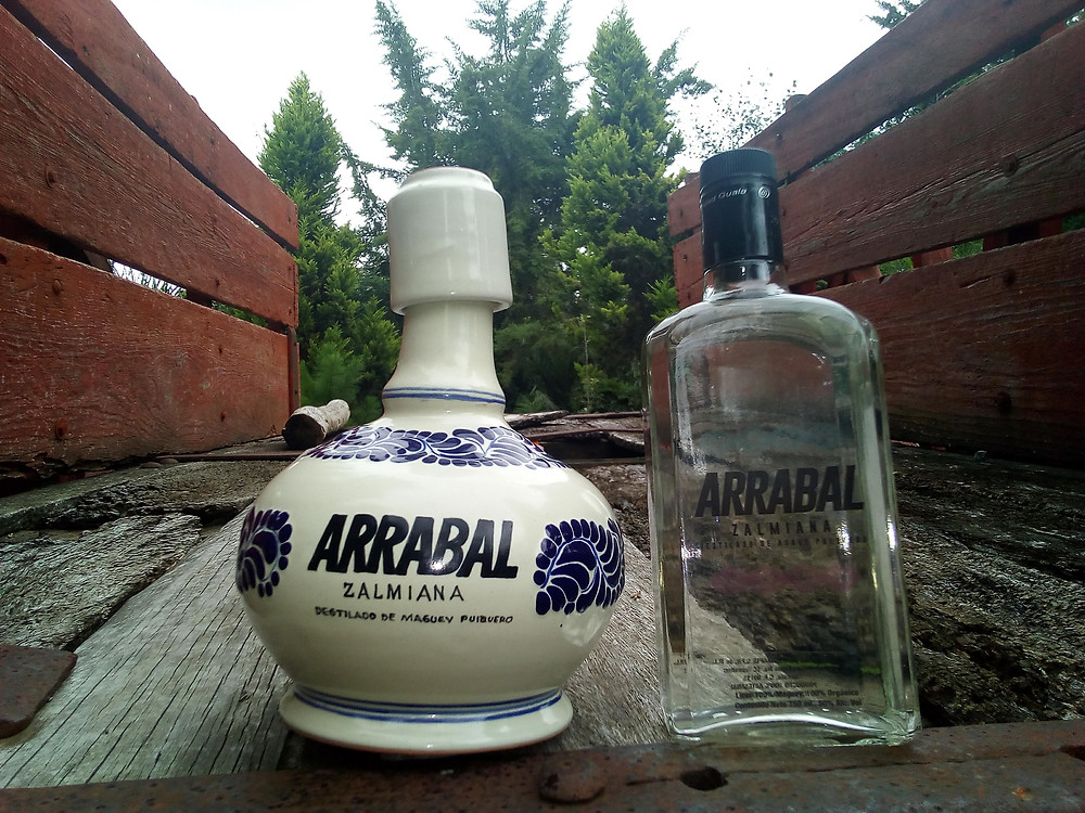 Botellas de Mezcal Arrabal Zalmiana
