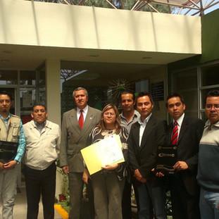 Entrega de Plan de Negocios en la Incubadora UAEM-Texcoco en el 2010.