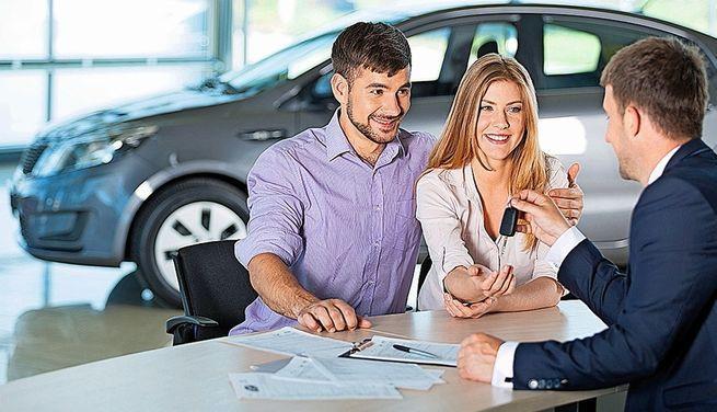 Lo más conveniente es comprar un auto usado