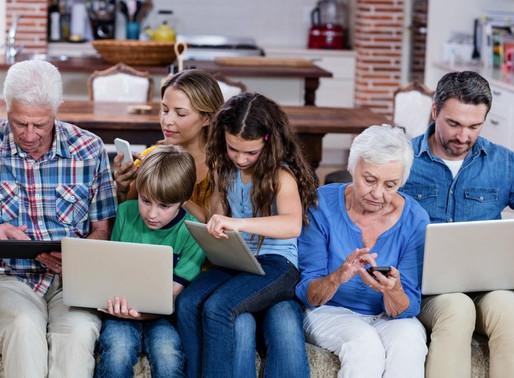 Generaciones centennials y baby boomers aumentan sus compras por internet: Linio